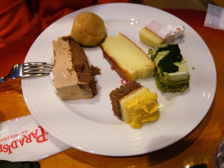 ケーキバイキングによる食事会(12)