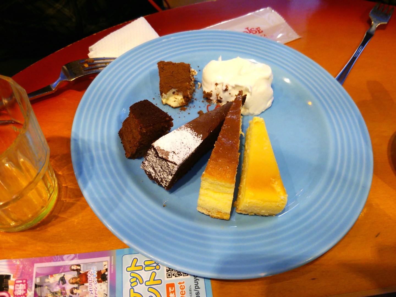 ケーキバイキングによる食事会(9)